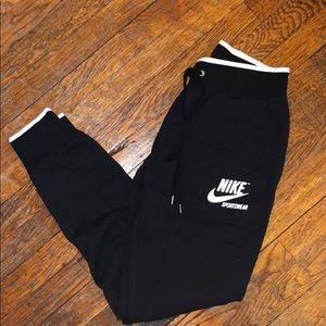 Nike black sweatpants women's size small